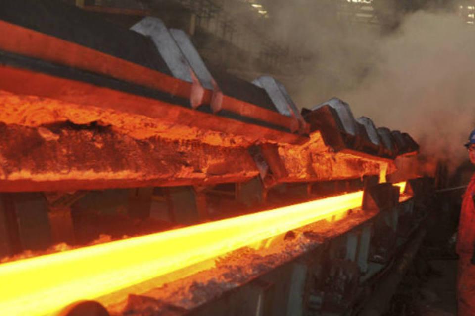 Read more about the article Futuros do minério de ferro saltam na China seguindo força do mercado spot